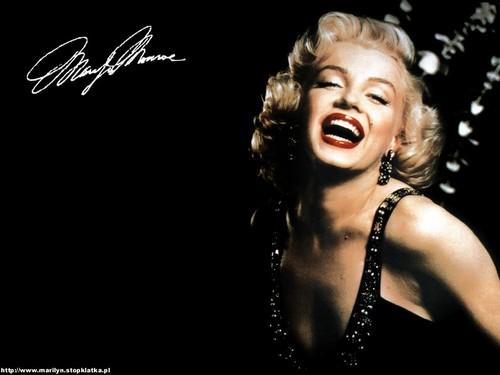 2-Un agent retraité de la CIA confesse sur son lit de mort l'assassinat de Marilyn Monroe