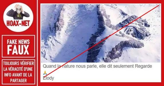 Non, la photo de cette montagne en Alaska n'est pas réelle.